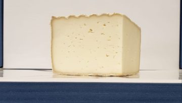 Tomme de Luzac Hard Cheese